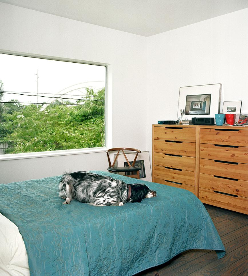 Second level bedroom with resident