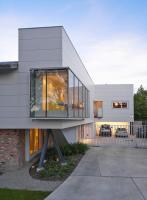 9° house image 1